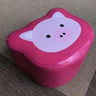 Pu Leathers Pinky piggy stool