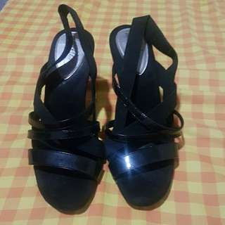 Repriced: Black Sandal with heels