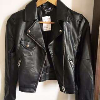 H&M Black Leather Jacket ✨