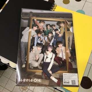 Wanna One 團體folder $45包郵