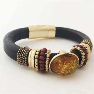 """琥珀手鐲Bracelet with amber """"Classic"""""""