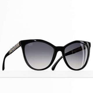 AUTH NEW Chanel Butterfly Polarized Black Sunglasses NEW WITH BOX, PAPERS AND CHANEL BAG