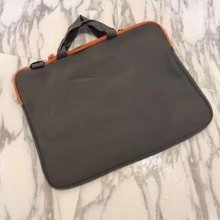 Laptop case / carrier bag 電腦袋