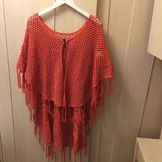 Harriet & Co. org red knitted cape 🧚🏻‍♀️