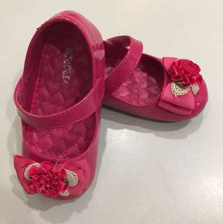 Girl Shoes From kiddy palace size 25/ 15.5cm