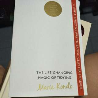 The life changing magic of tidying (by Marie kondo)