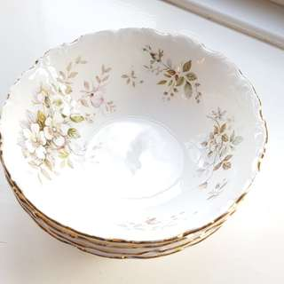 Royal Albert Soup bowl x4