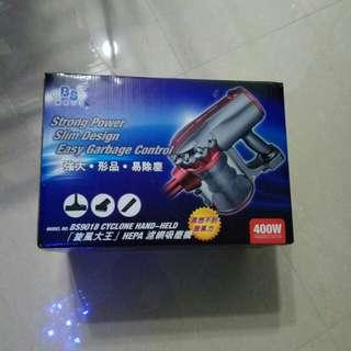 8 成新 吸塵機 (可吸塵蟎)
