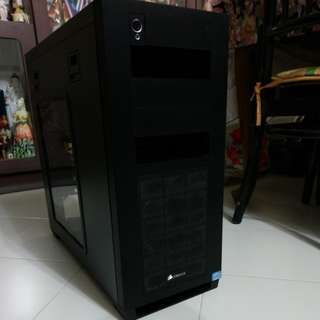 Corsair Obsidian Series® 650D ATX Mid-Tower Case with Side Window