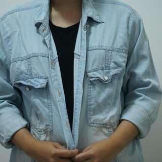 Kemeja denim washing blue jeans masih bagus xl L kantor kuliah