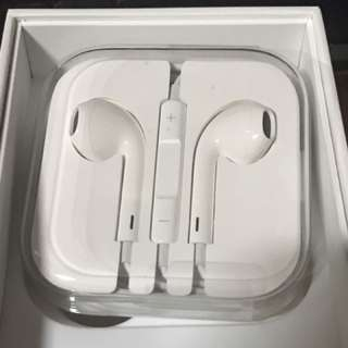 AUTHENTIC Original Apple EarPods / Apple Original Earpiece / Earphones