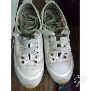 #cintadiskon sepatu gosh apa adanya