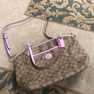 Coach handbag 全新手袋 經典logo 粉紅色邊 pink edge handbag classic logo OL 上班 上學