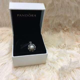 Pandora 全新珍珠吊飾 791385P