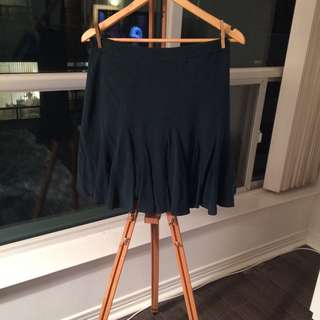 Club Monaco 100% Silk Dark Green Ruffle Skirt Size 6