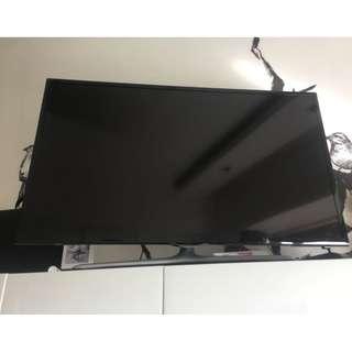 SAMSUNG SLIM LED TV 40 INCHUA40F5500AM