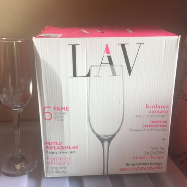 2 boxes of Champagne Glasses