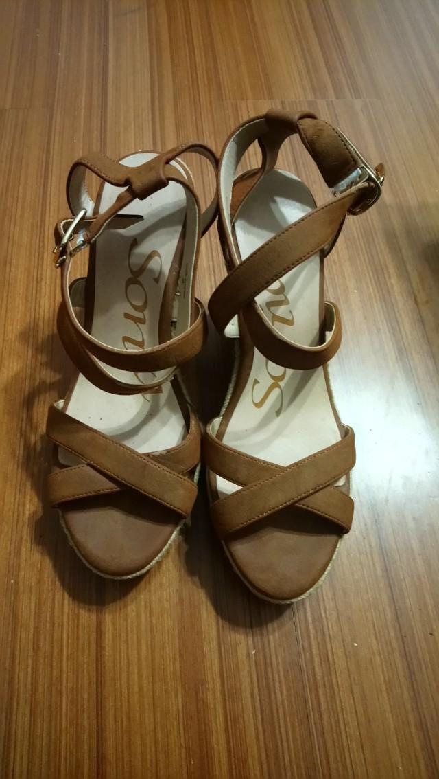 9成新sonia楔型鞋38號