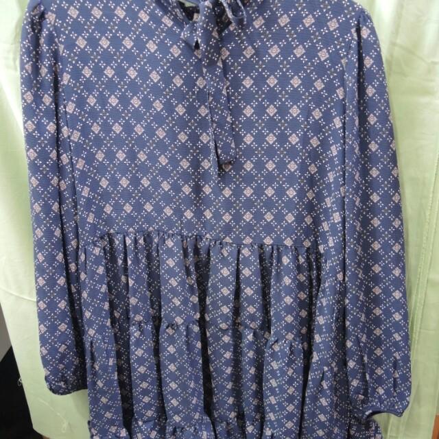 深藍色氣質短洋裝