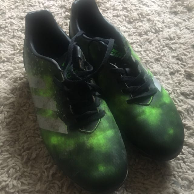 Adidas Rugby boots US7