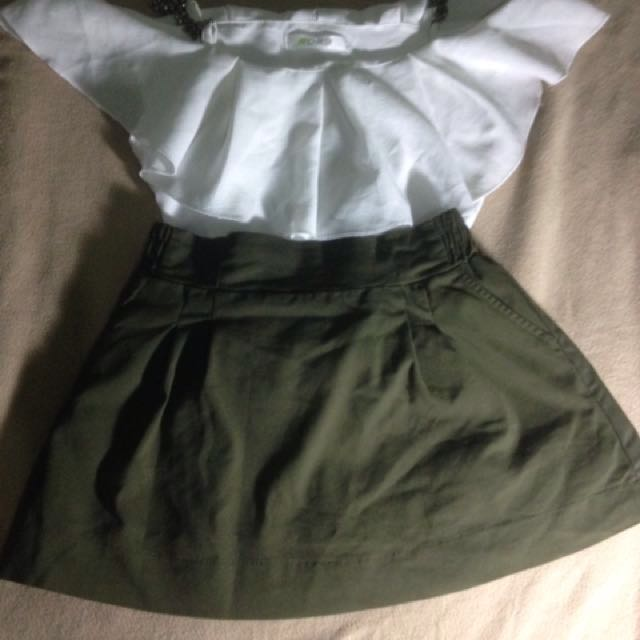 Army green skirt with inner short