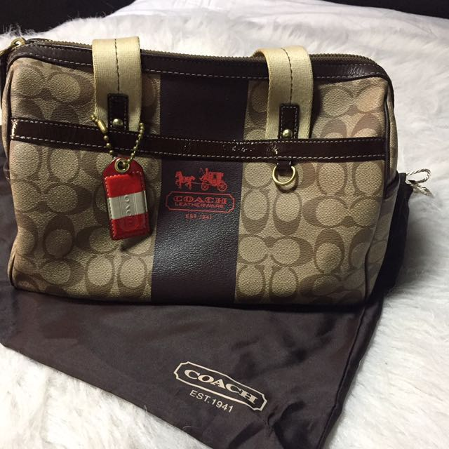 Authentic coach bag | preloved | slight flaw | with dustbag