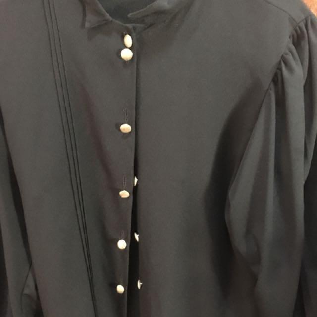 Black long sleeves blouse