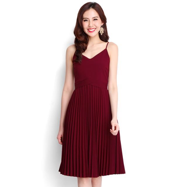 BNWT Size S Lilypirates Whirlwind Romance Dress In Wine Red