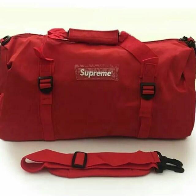 dd0f21eb20f9 Brand new with tag in stock Supreme Duffle Bag gym bag school travel ...