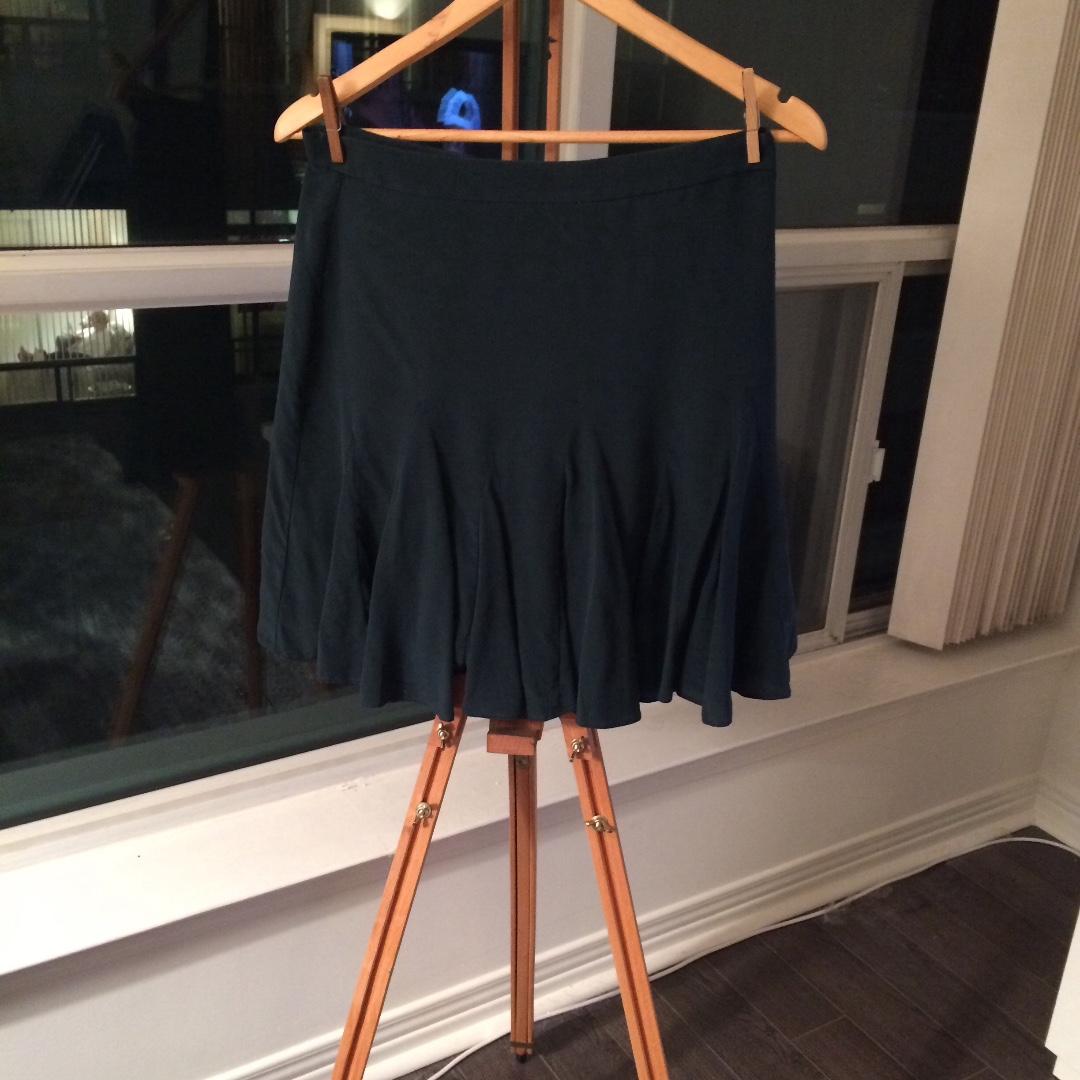 Club Monaco 100% Silk Dark Green Ruffle Skirt Size 6