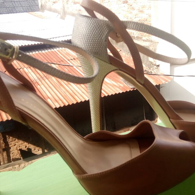 CnK Heels Light Brown