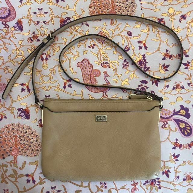 Coach tan camel shoulder bag
