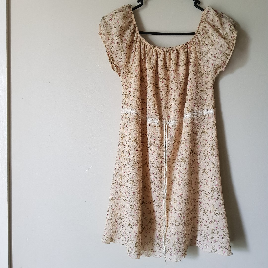 Cute Vintage Crinkle Dress