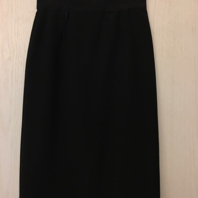 a54595097fa4cf Dolce   Gabbana Black Knee-length Pencil Skirt