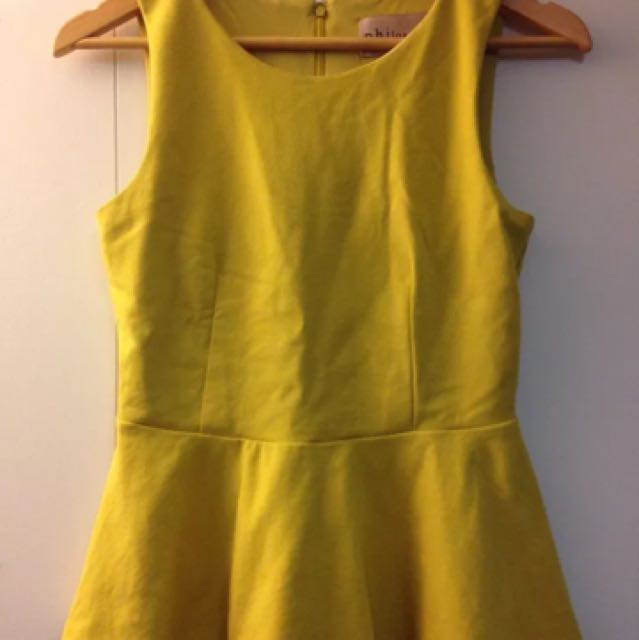 EUC - Philosophy Republic Clothing - Mustard Yellow Peplum Tank Top Size XS