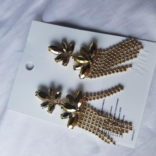 HNM Gold Earring