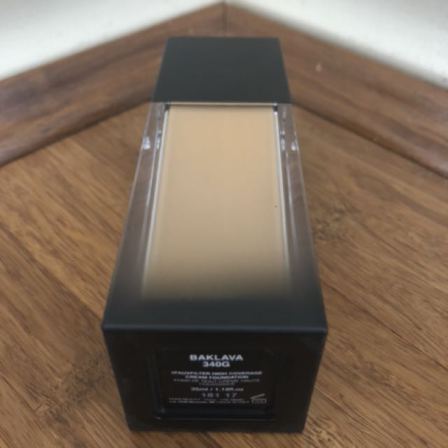HUDA BEAUTY #fauxfilter Foundation Baklava 340G