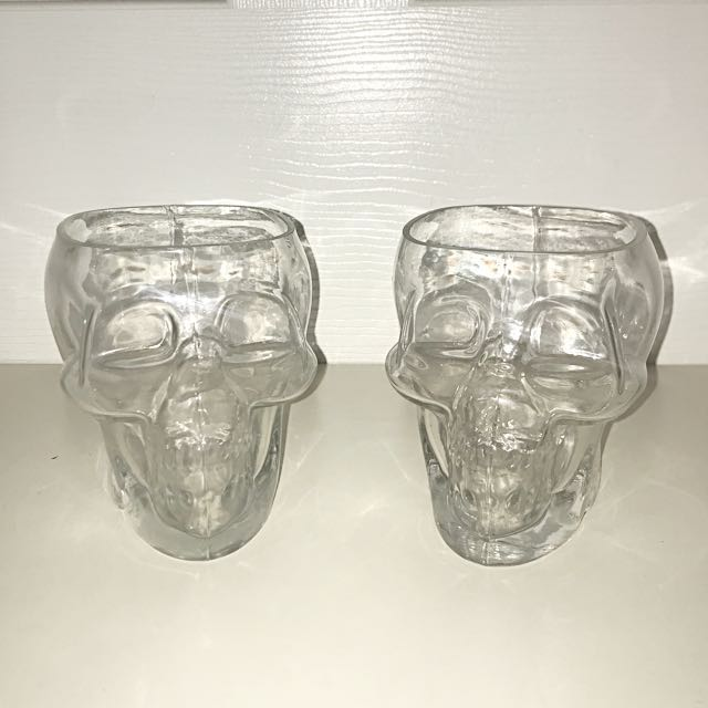 Jars / makeup and accessory holders