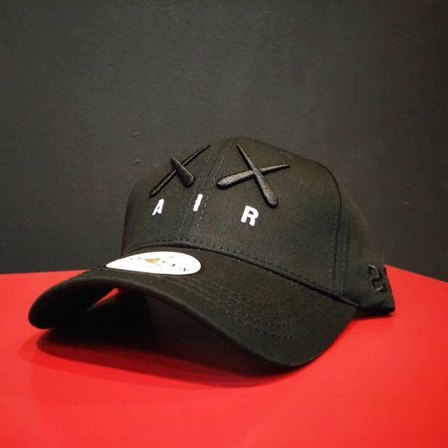 d1571cd2 KAWS x Air Jordan Baseball Cap (Strapback / Adjustable), Men's ...