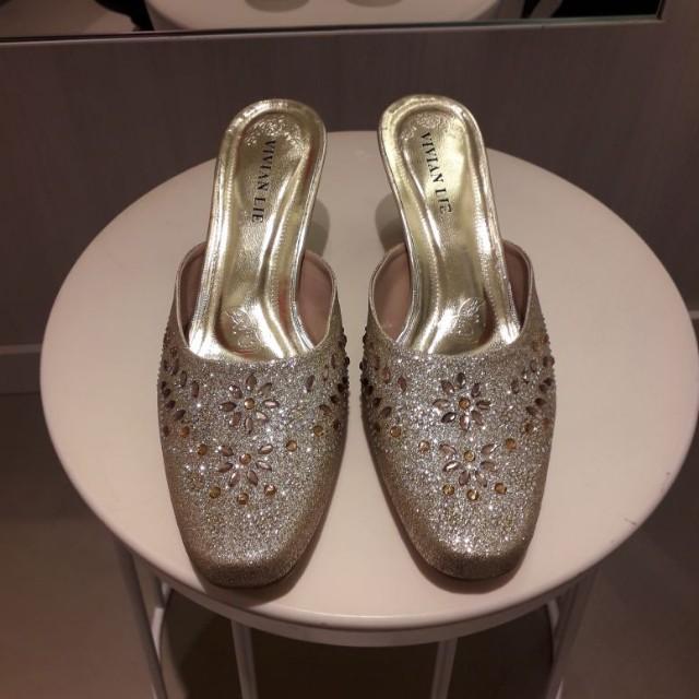 Luxurious sandals size 38
