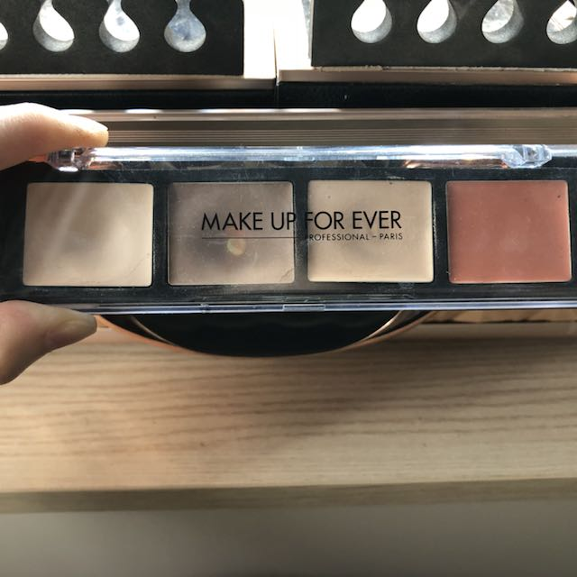 Make Up Forever Pro sculpting palette