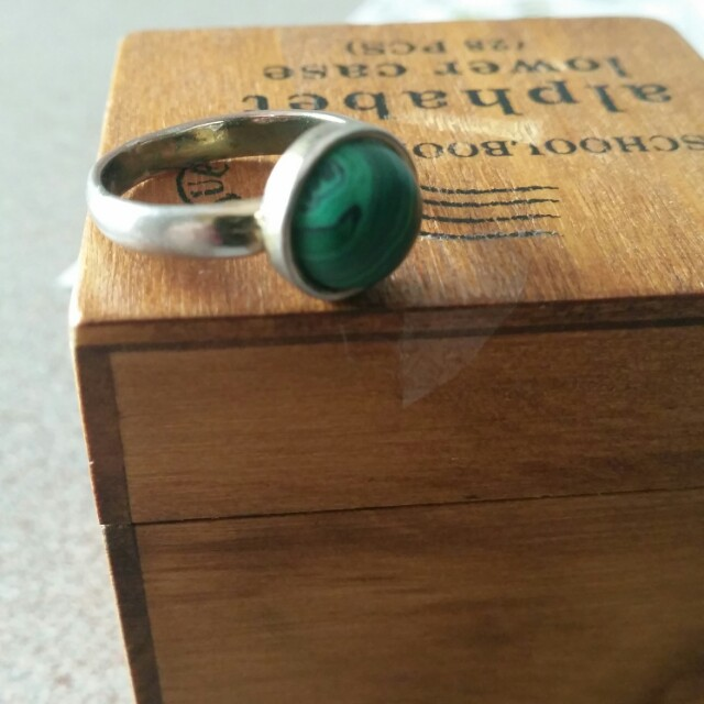 Mimco, sterling silver and malachite rinf