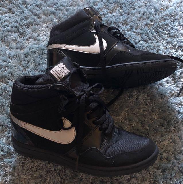 Nike Force Wedge Sneaker