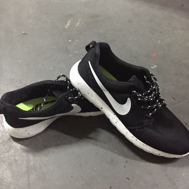 Nike Magasin Roshe Courir Singapore Mrt