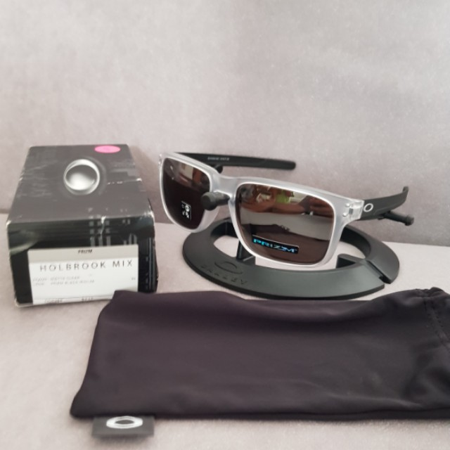 db21f605aa5 ... purchase oakley holbrook mix matte clear frame prizm black iridium lens  mens fashion accessories on carousell
