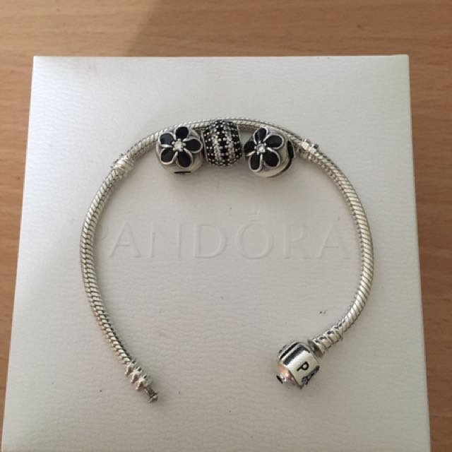 Pandora bracelet, charm and x2 closure