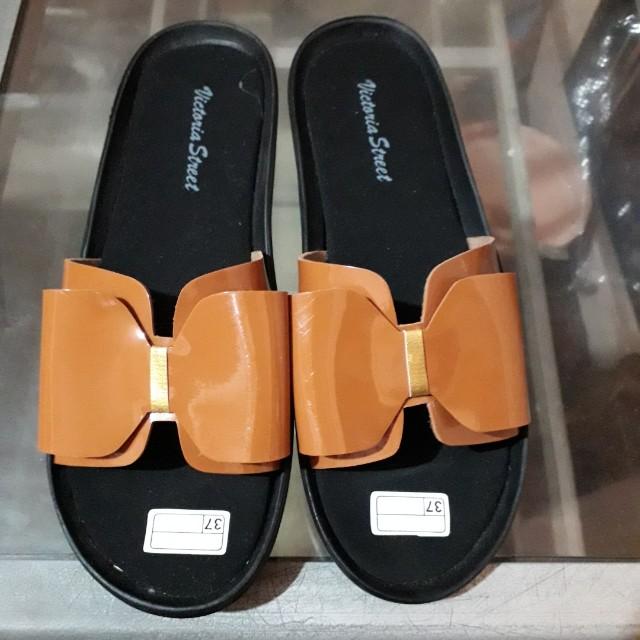 Ribbon sandals size 37