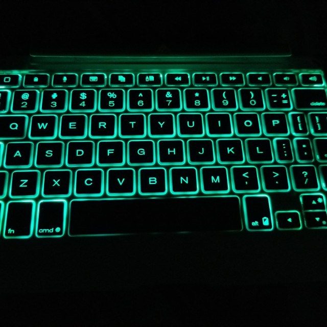 Zagg Keyboard for iPads (bluetooth)