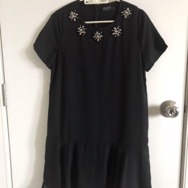 Zalora Premium black dress