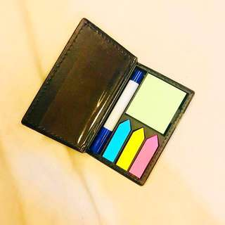 Sticky notes with leather dispenser / holder palm size